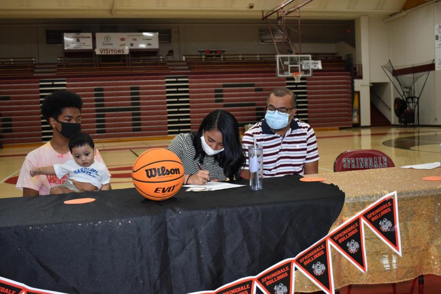 SHS Grad Julynn Lorenij to Play College Ball